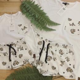 Pyžamka 🖤aneb už se v našem oblečení můžete i zachumlat do peřin. Dámská a dětská už zítra na @dyzajnmarket